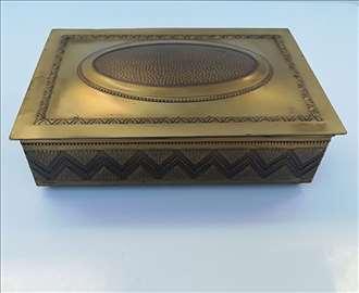 Bronzana kutija za nakit