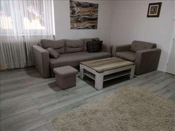 Trosed, fotelja, tabure