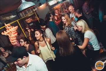 Noćni klub - Bar u radu Izuzetna Lokacija