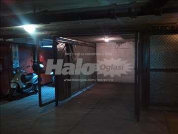 Garaža na Slaviji - Kralja Milutina