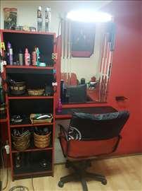 Prodajem kompletnu operemu za frizerski salon