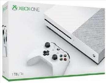Xbox One S 1TB konzola