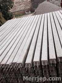 Betonski stubovi i behaton