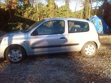Renault Clio 1.2 8 ben-gas