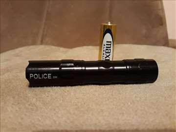 Baterijska lampa 3 w Police + baterija