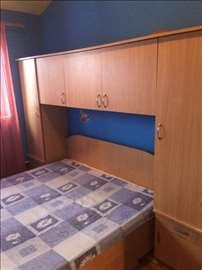 Bračni krevet sa ladlom, dušekom i mostom