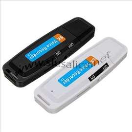 USB Prisluškivač 8Gb 96h snimka