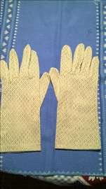 Zenske bele rukavice Vezenina,Bled,br.9,ocuvane,vi