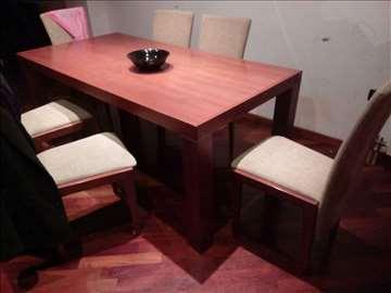 na prodaju sto sa sest stolica od punog drveta