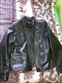 Ženska kožna jakna, malo nošena