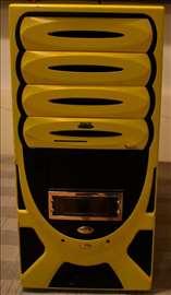 AmdCore 2000+, Ati HD Dvi, Vga , Asus 8xUsb, 400w