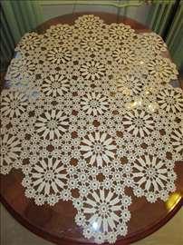 veliki heklani milje za ovalni sto
