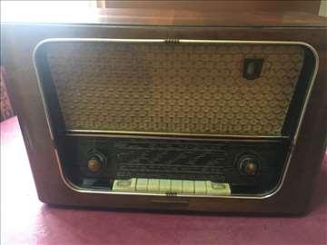 Radio aparat Riz