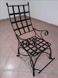 Fotelje od kovanog gvozdja
