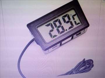Merač temperature sa sondom digitalni