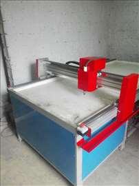 CNC plazma 1300 x 3000mm, THC