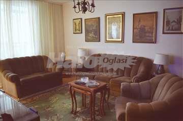 lep stan u Starom Košutnjaku