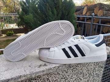 5e7f1757c92 Adidas Superstar-Bele Sa Crnim Linijama-Muske!