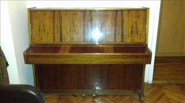 Odličan pianino Ukraina