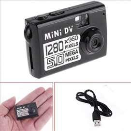 Špijunska mini DV kamera 5mp- HD video recorder