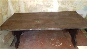 Hrastov sto