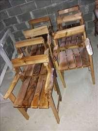 Garnitura od drveta