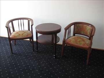 stilske polu fotelje