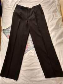 Muške štofane pantalone, vel. 50, očuvane!