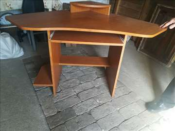 Kompijuterski sto