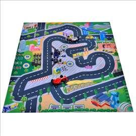 Tepih za igranje 80x70 sa trkačkim automobilima
