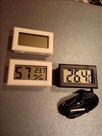 Merač temperature i vlažnosti vazduha + baterije