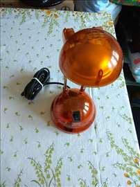 Narandžasta stona lampa