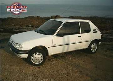 Hauba - Peugeot 205