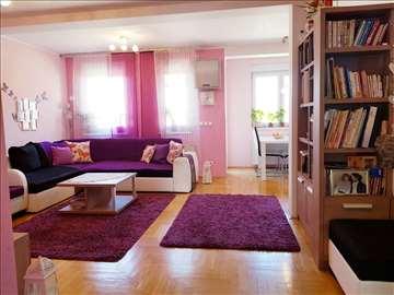 Одличан трособан стан, Косовска, лифт, паркинг