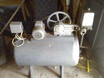 Klipni hidrofor za vodu,pirkljucak na bunar