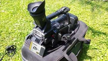 Povoljno! panasonic kamera sa 2x64 gb p2 karticama