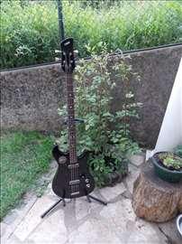 Prodajem bas gitaru