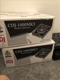 2x Pioneer CDJ-1000MK3 & 1x DJM-800 Mixer Pioneer