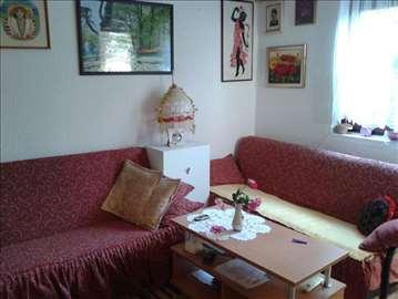Budva,1-soban prelep stan,40m2,sa cvetnom baštom