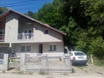 Kuća na prodaju