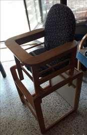 Prodajem dečju hraniclicu - set stolica- sto