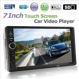 Auto multimedia sistem-Displej 7inca sa Bluetootho