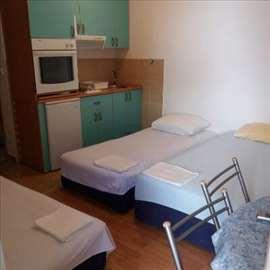 Crna Gora, Petrovac, apartman