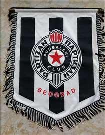 Kapitenska zastavica FK Partizan Potpisana