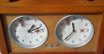 "Šahovski sat ""Garde"""