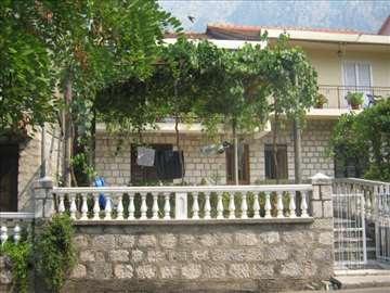 Crna Gora, Orahovac, soba
