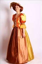 Balska haljina u retro stilu