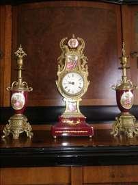 Na prodaju kaminski satovi