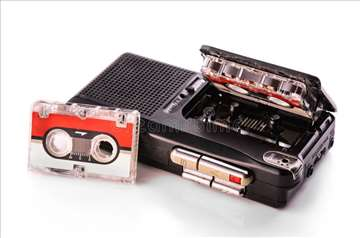Presnimavanje sa DIKTAFONA sa Micro kasetama
