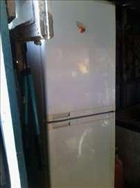 Frižider na plin